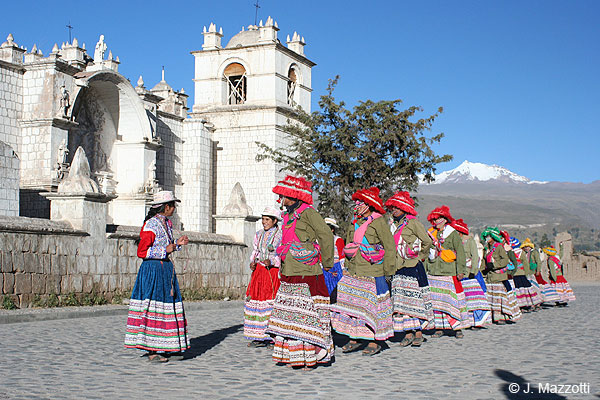 Coach Tour Arequipa to Puno
